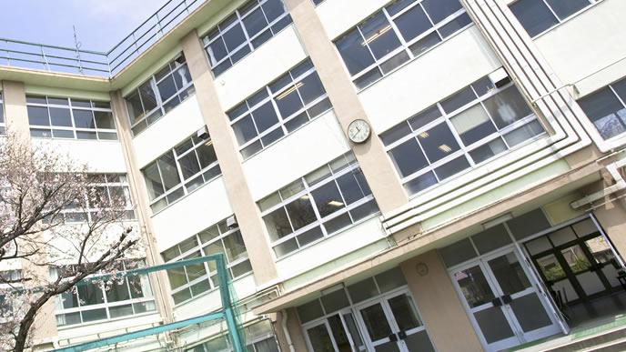 家庭訪問を保護者面談に切り替えている小学校