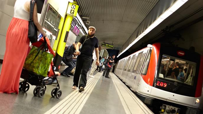 海外の満員電車事情