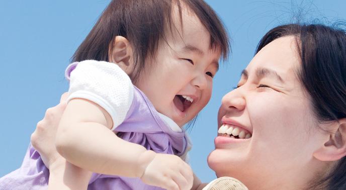 乳児期は深い愛情を