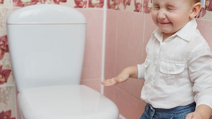 トイレが嫌な男の子赤ちゃん
