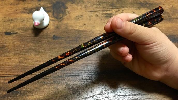 間違った箸の持ち方・ペン箸