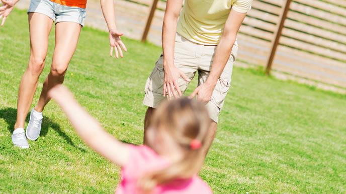 子供と遊べる環境を準備した家族
