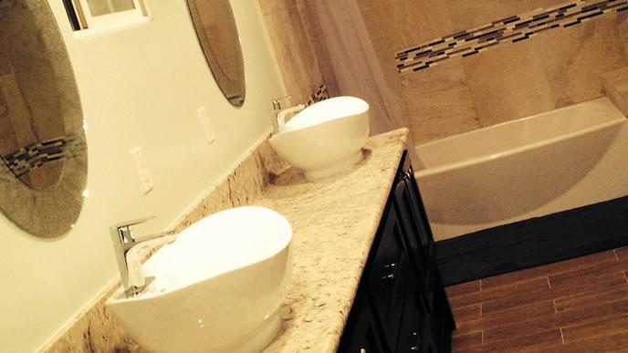 綺麗に掃除された洗面台