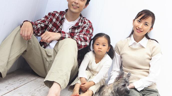 具体的な教育方針を子どもに伝える夫婦