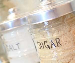 容器に移した砂糖