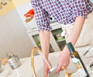 皿洗い担当の夫