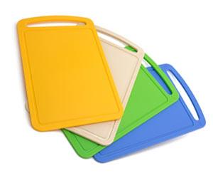 色が豊富なプラスチック製のまな板