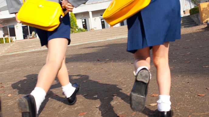 幼稚園に通う園児