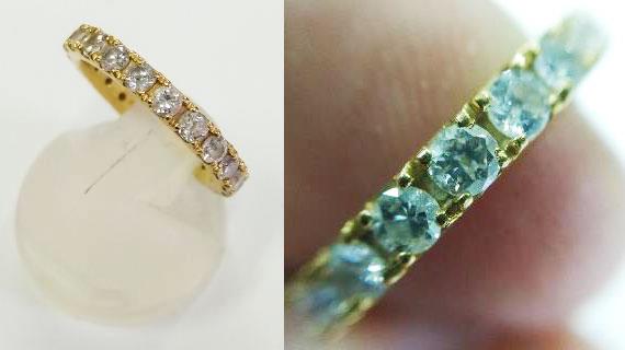 汚れたダイヤモンドのリング