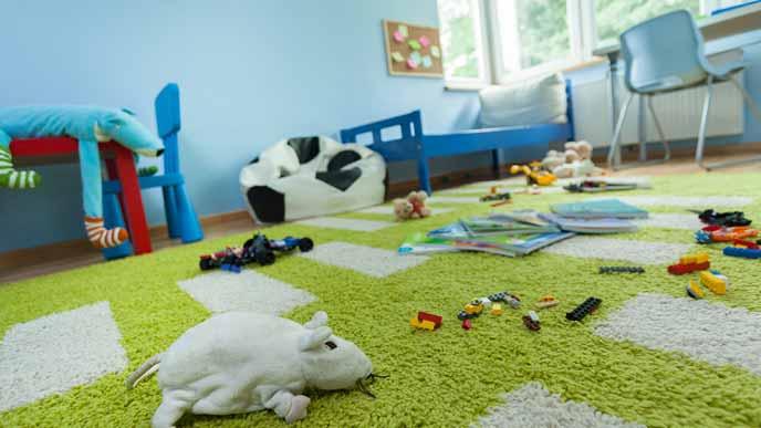 物が散らかる子供部屋