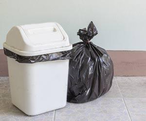 蓋つきゴミ箱